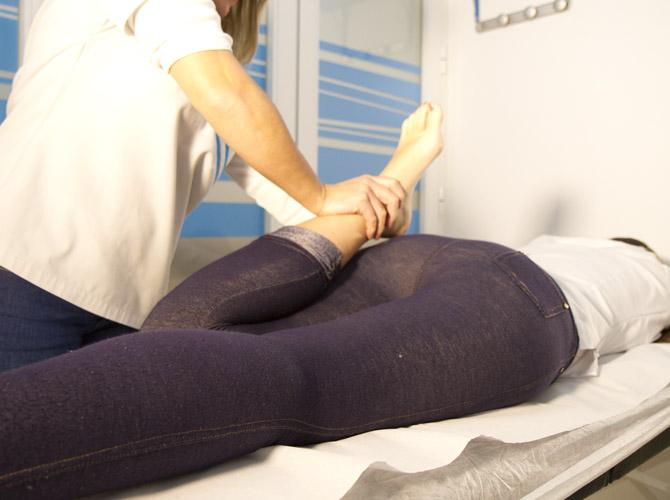 Estiramientos en Clínica Fisioterapia Fuentes - Cádiz